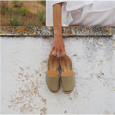 Sandalias Menorquinas Beige
